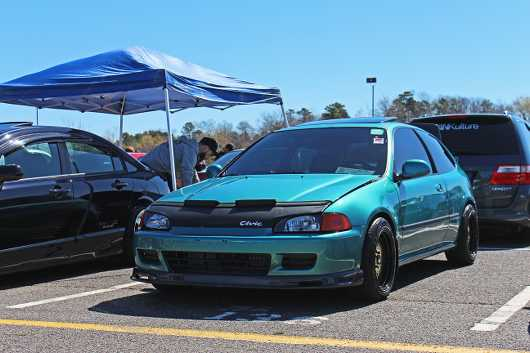 Teal EG Hatch from the HDAY Spring 2017 collection by Ryan Keiser
